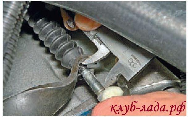 Замена тросика сцепления калина 1 – Замена троса сцепления на Калине
